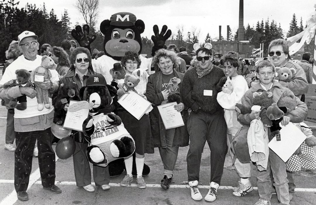 1988-winners-Bear-competition-fun