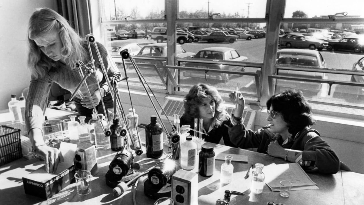 Female students working in a lab