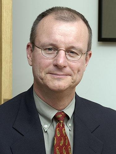 Tim O'Neil Headshot