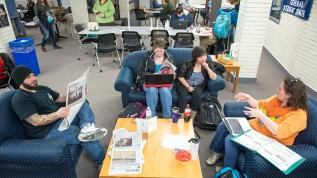 Students in the commuter lounge