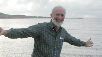 Dr. Roger Hooke