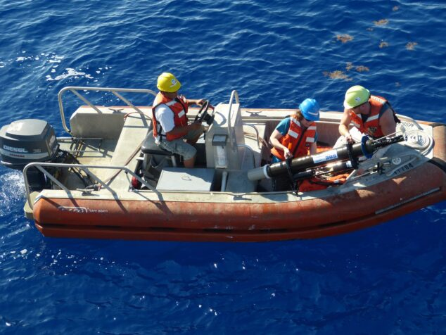 Recovery of a profiling float in a small boat