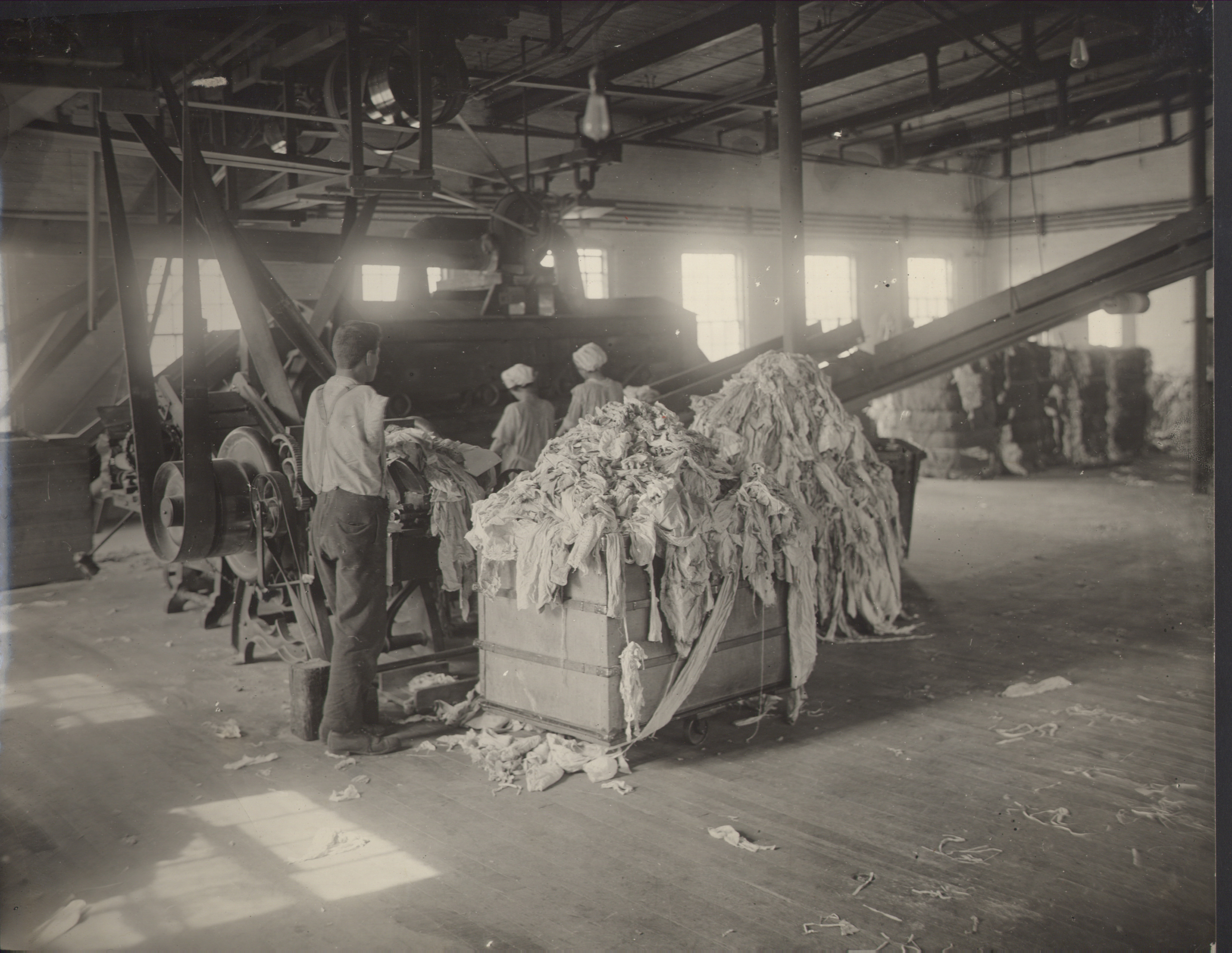 Eastern Fine Paper Company Oral History Project - Maine