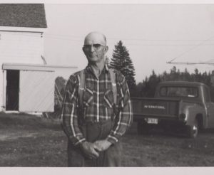 P274_Clarence Berry in front of home 1963