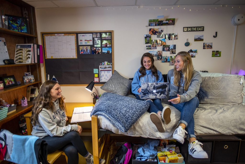 Housing residence life female UMaine students in Knox Hall