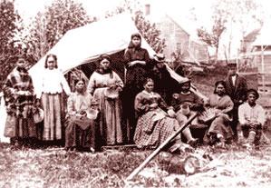 basketmakers on Indian Island