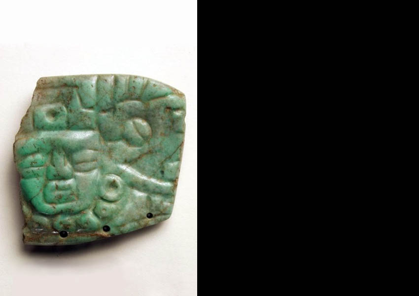 Carved jade pendant, Late Classic Ulúa Valley