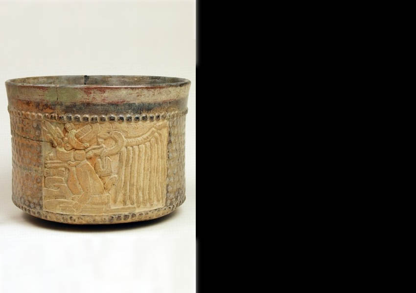 Painted, incised and modeled cylindrical vase, Late Classic Alta Verapaz (?)
