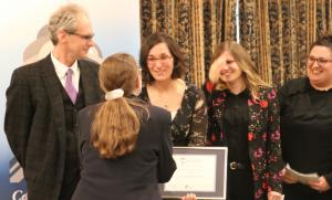 Liliana Herakova receiving Award