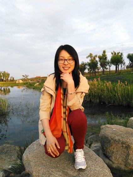Portrait of Lisha Guan.