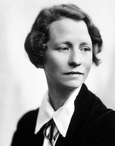 Edna St. Vincent Millay photo #0