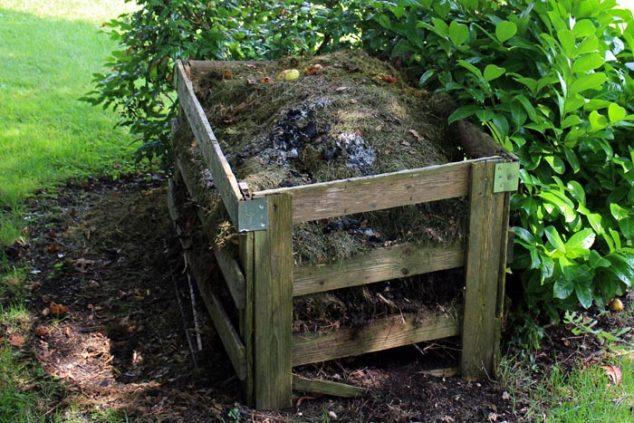 Woodnen Composting Box