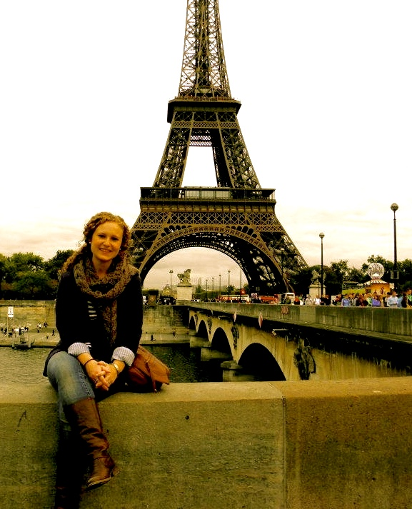 Sophia Lataille in front of the Eiffel Tower