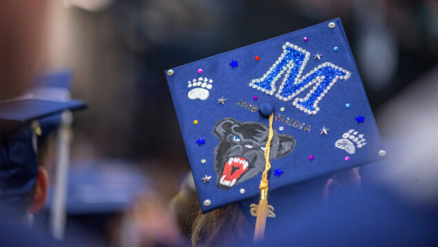 New Media student Maria Sutryn's commencement cap, 2016