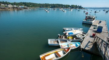 Boats of a dock on the coast of Maine