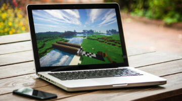 Minecraft of a laptop computer