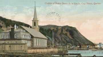 Postcard showing a church in Quebec