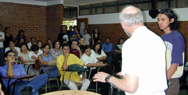 stuart mars speaking to students in costa rica