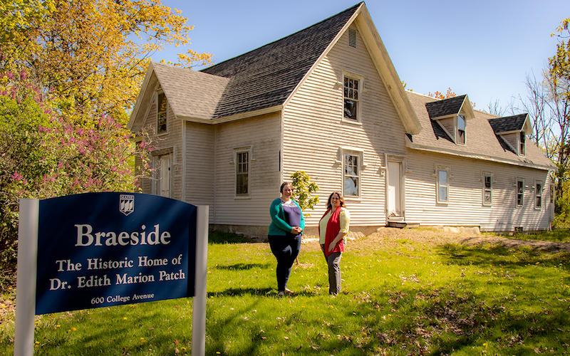 Jacquelyn Gill and Kristy Townsend at historic leader Edith Patch's Braeside home.