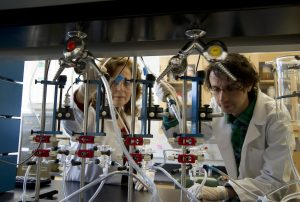 Klimis-Zacas and Stefano Vendrame in lab