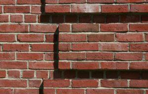 Brick corner feature