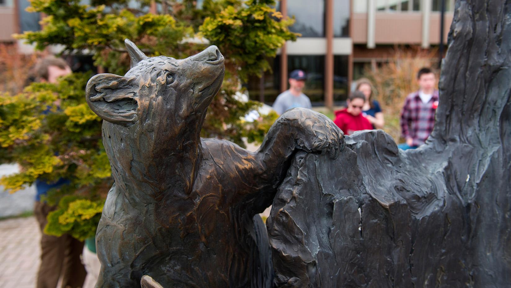 Cub Scouts statue