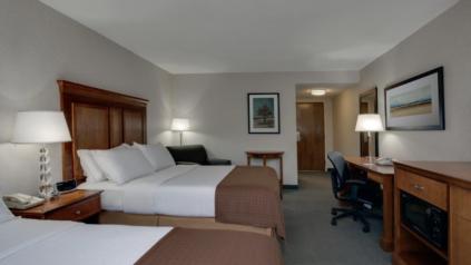 holiday inn hotel room