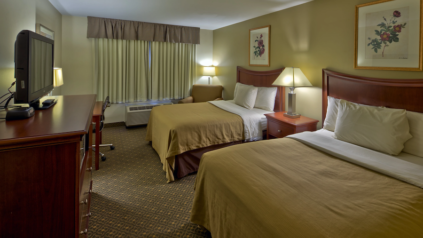 country inn at the mall room