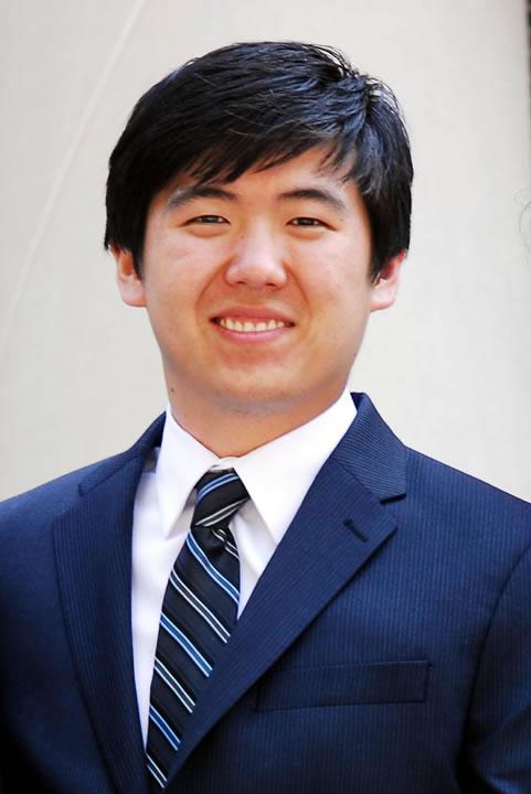 Photo of Zhen Zhang